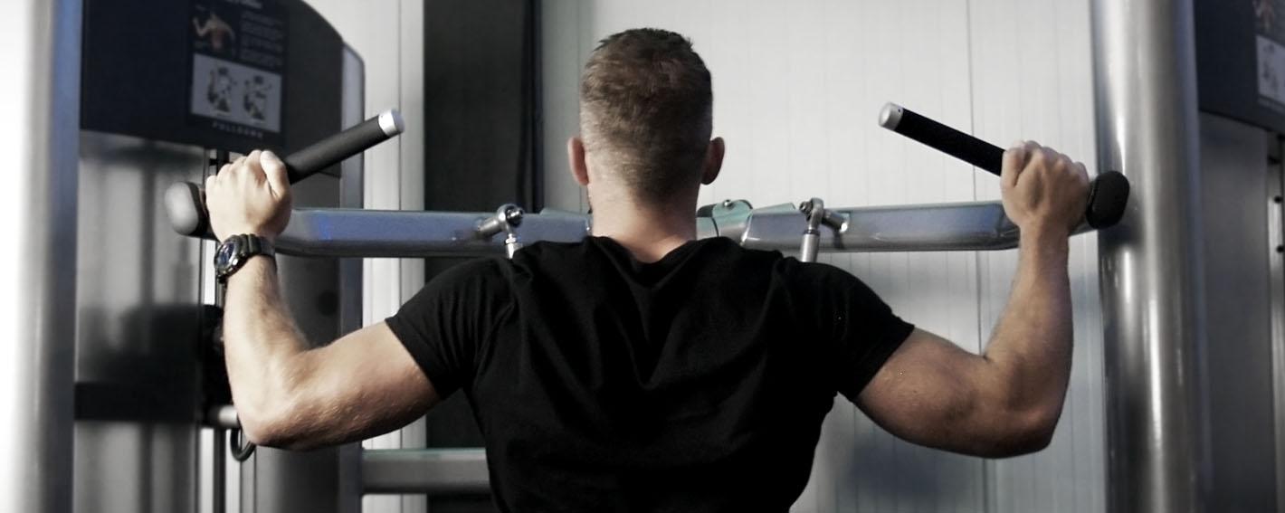 Latpulldown fitness Body Art Beilen